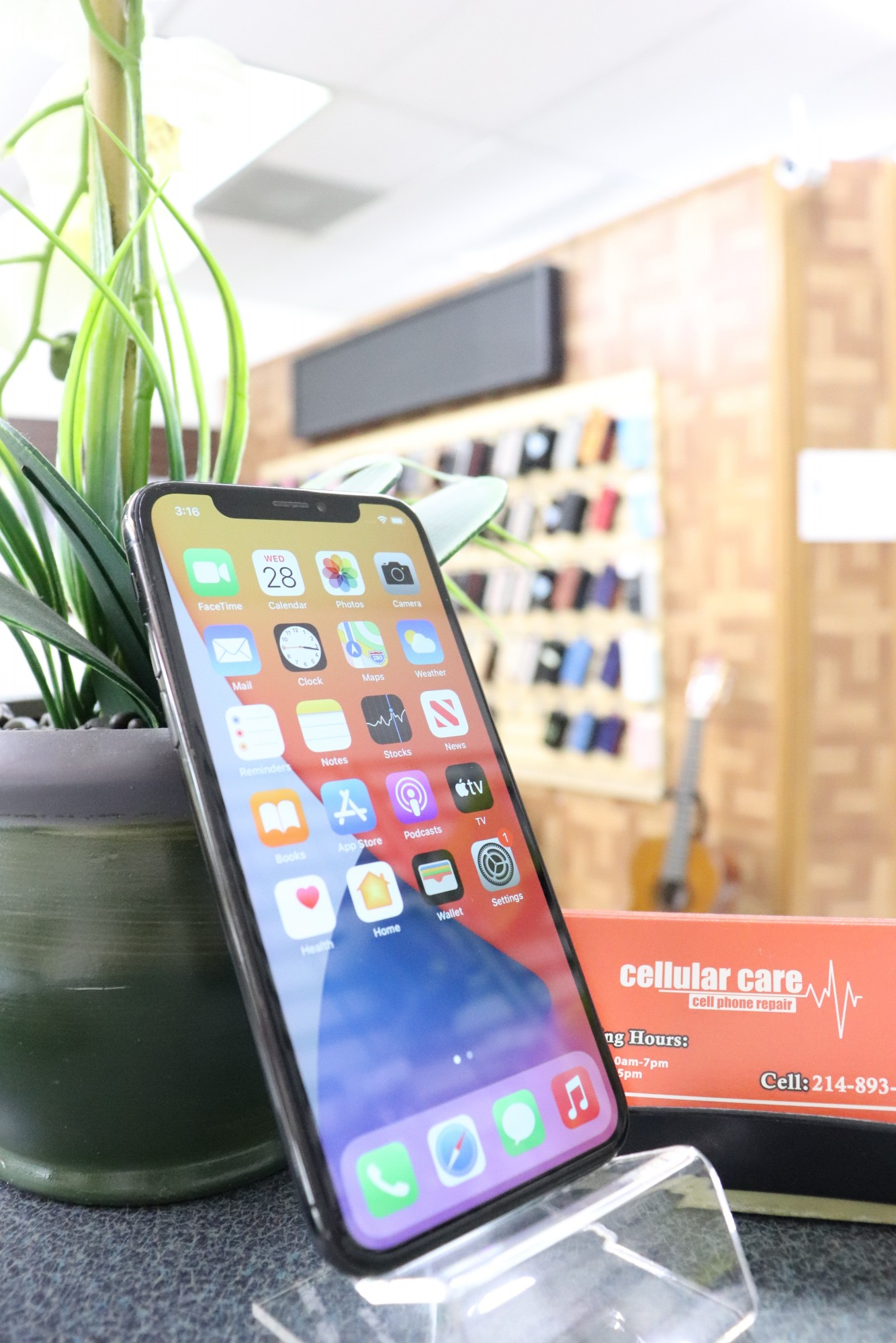 1651 – iPhone X 64GB Space Gray Unlocked $320 – Store Pick Up Address: Cellular Care 300 N Coit Rd #157 Richardson TX, 75080 Mon-Sat: 11Am to 7Pm Sun: 12 to 5Pm *About this item: -Condition: 9/10 -30 Days Warranty By Cellular Care.